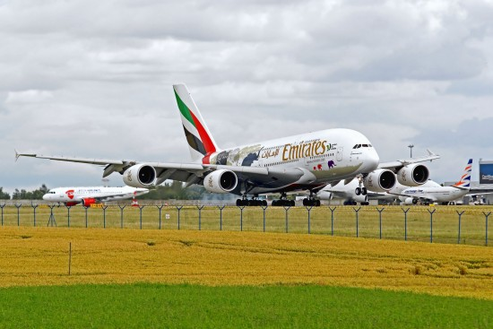 Airbus A380-861 - A6-EER